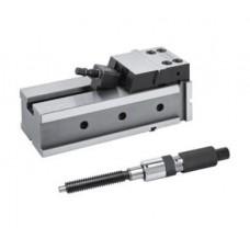Presný strojný zverák s hydraulickým posilovačom - kompaktný NC, typ 6821